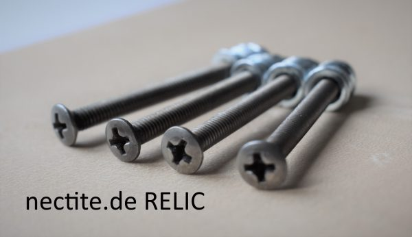 Relic look neck screws 45mm